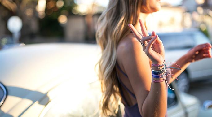 How to Make a Square Knot Bracelet – VideoInstruction